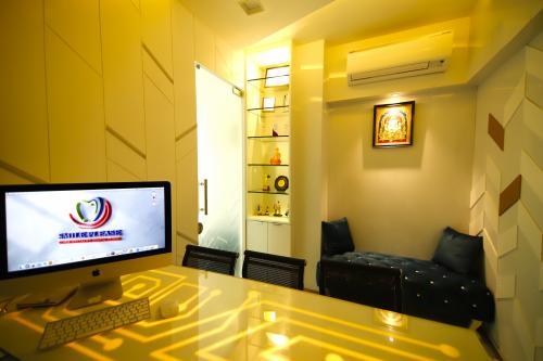 Private consultation room at smile please dental clinic, Vashi, Navi Mumbai.